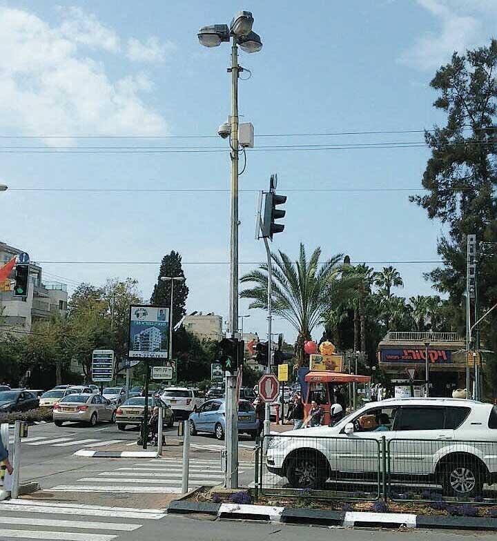 מצלמה בפינת הרחובות אחוזה וקרן היסוד