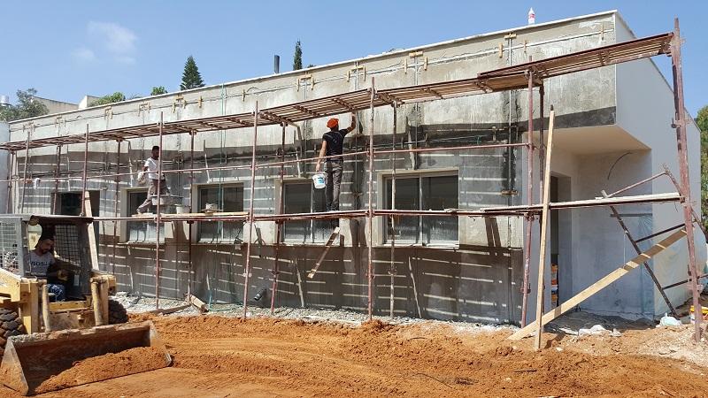 עבודות בבית ספר אילנות. צילום: עיריית הרצליה