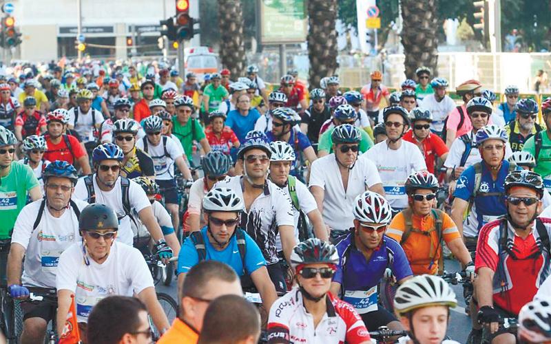 סובב תל אביב באופניים. צילום יעל צור