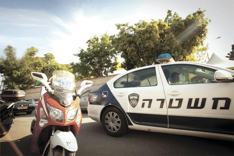 ניידת משטרה. צילום דודו בכר