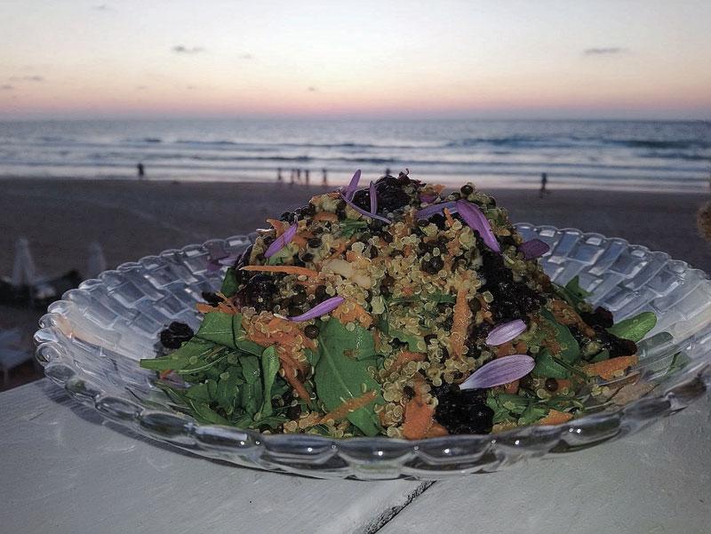 מסעדת על המים הרצליה. שף וצילום קובי כץ