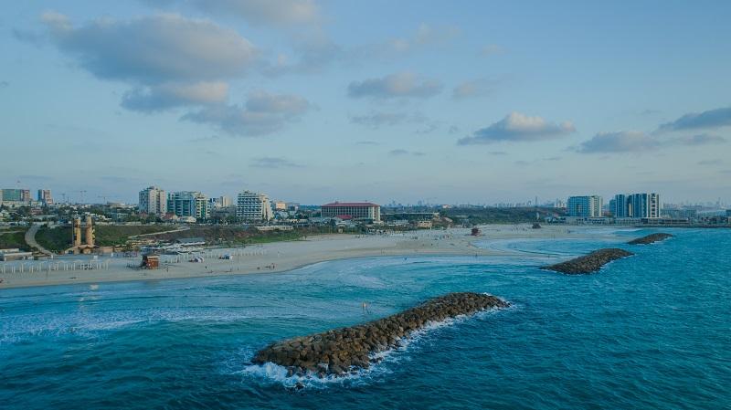 חוף הרצליה. צילום: עיריית הרצליה