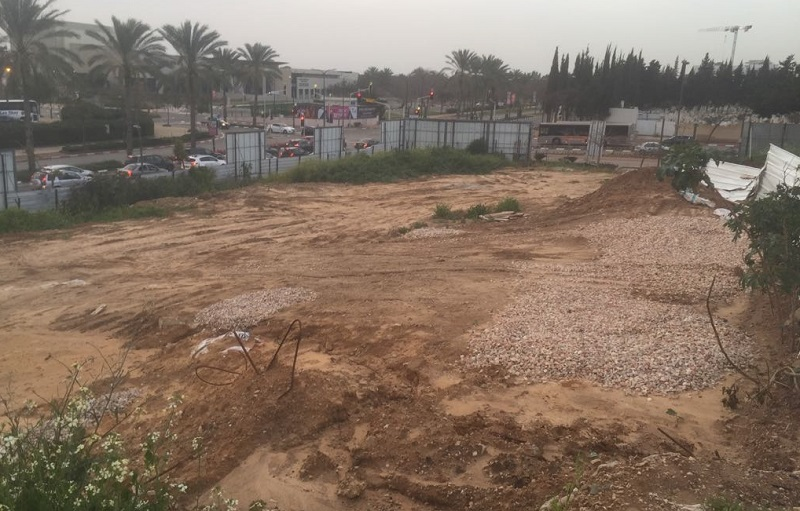 המגרש שרכשו יוסי אברהמי ואלמוגים במתחם זרובבל בהרצליה. צילום: שמעון סיבוני