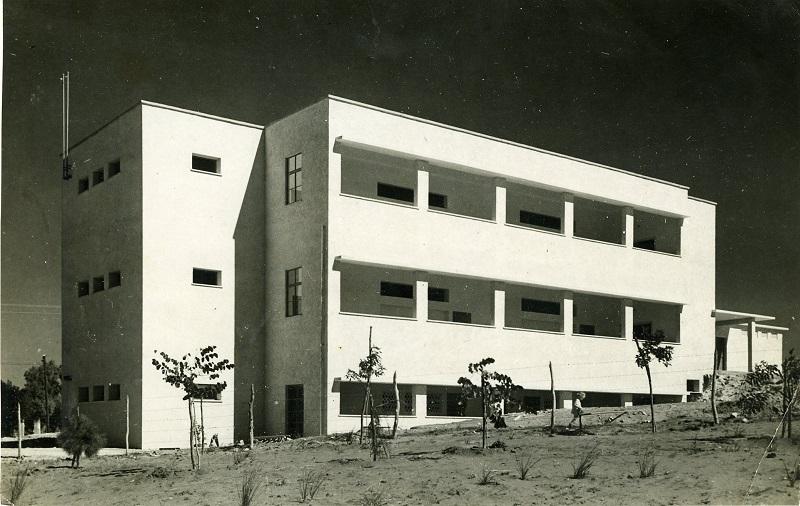 בית הספר הראשון שנבנה בהרצליה. צילום: מוזיאון וארכיון בית ראשונים