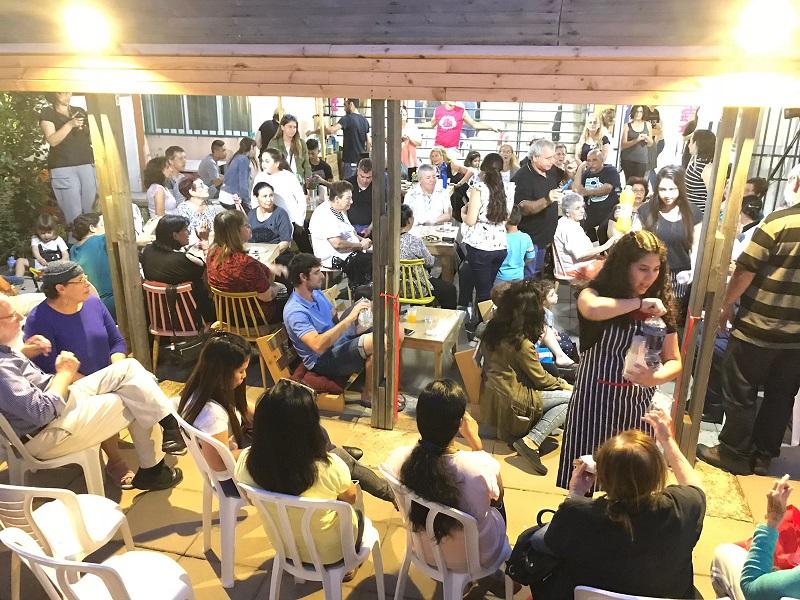 """בית הקפה החדש במתנ""""ס נווה ישראל. צילום: אסף אמר"""