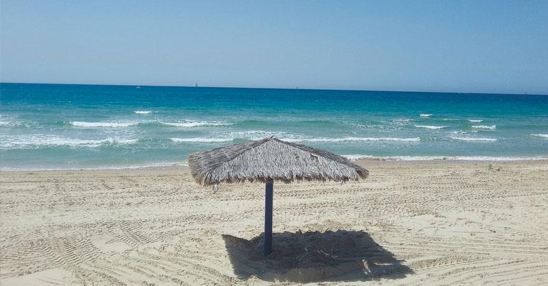 חוף סידנא עלי בהרצליה.צילום שחר קהלני