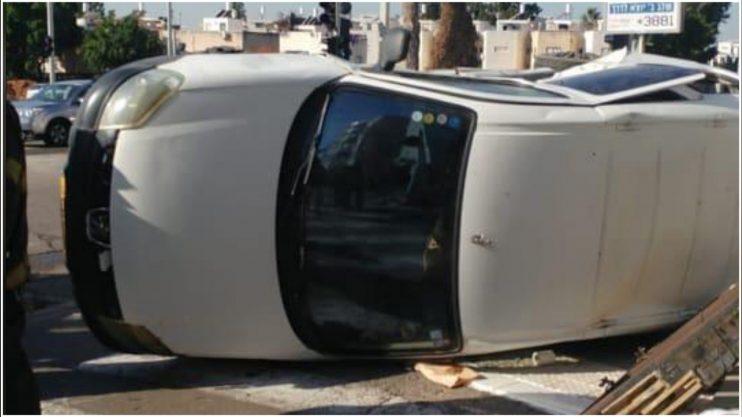 התאונה בצומת גליל ים בהרצליה. צילום אסף שוחמי