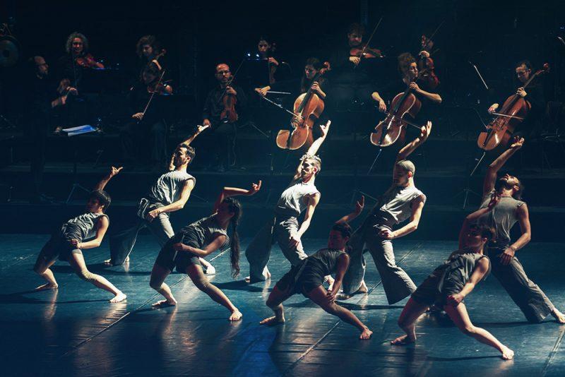 להקת ורטיגו ותזמורת המהפכה. צילום רונה אברו