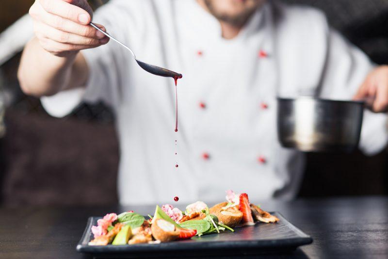 מסעדות מומלצות בהרצליה. תמונה ממאגר Shutterstock