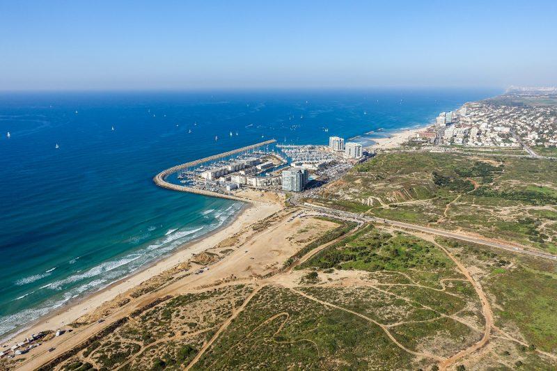 חוף התכלת. צילום: אופי קראוס