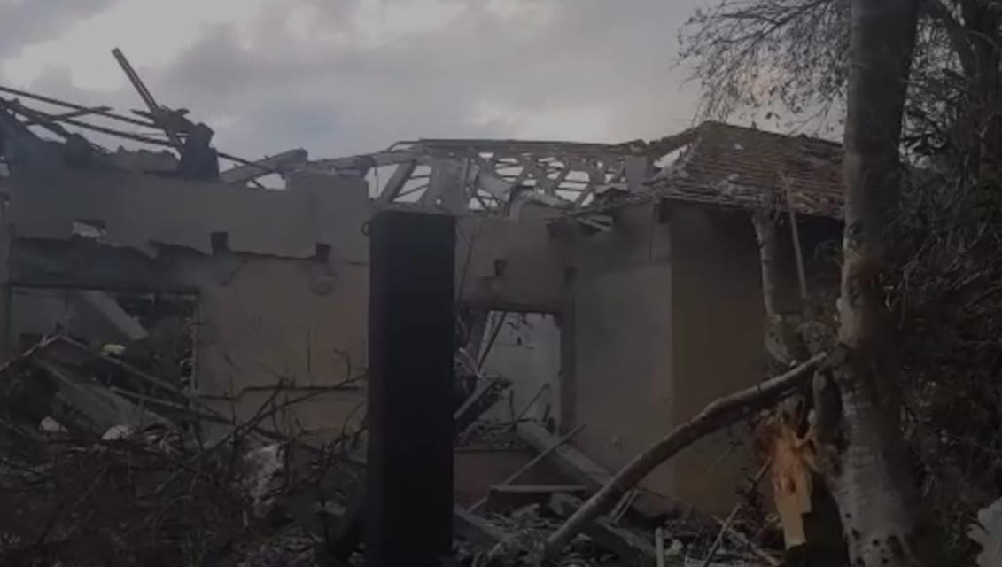 הבית שנפגע. צילום כבאות והצלה מחוז מרכז