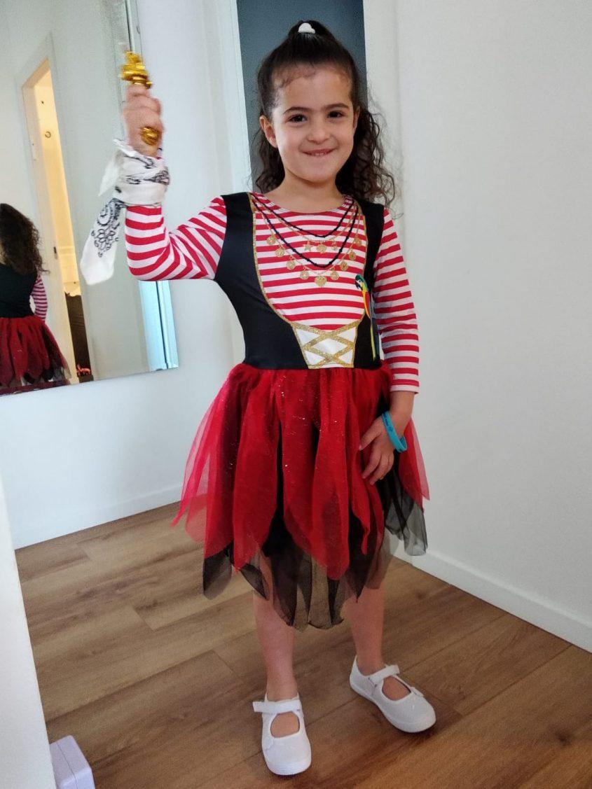 יובל נוסבאום, בת 5 מגן לוטוס התחפשה לפיראטית