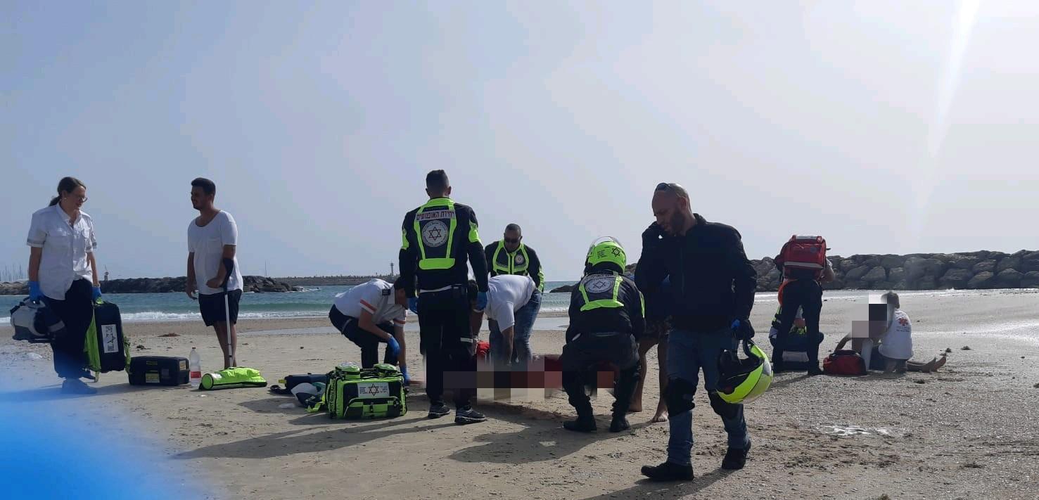 """הטביעה סמוך לחוף אכדיה. צילום: יצחק אביטן דוברות מד""""א"""