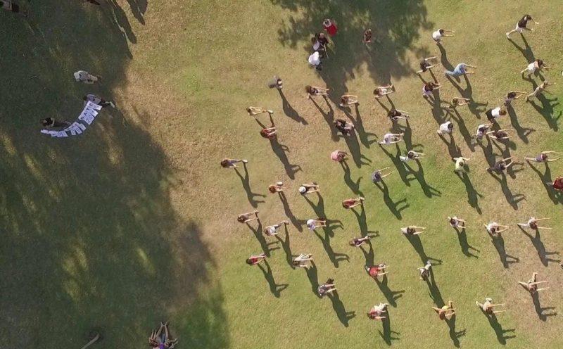 ריקוד הפלאשמוב בפארק הרצליה. צילום אביעד וייצמן
