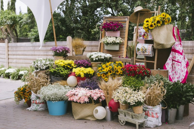 עמדת פרחים באדיבות Coral-Flowers. צילום: אורלי פרל ניר