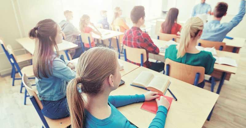 6,400 שקל בחודש: מה לדעתכם צריך להיות שכרם של מורים מתחילים?