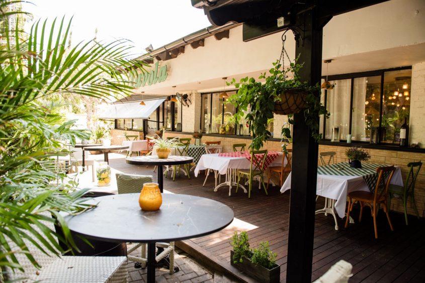 מסעדת טאבולה בהרצליה. צילום: נתי חדד
