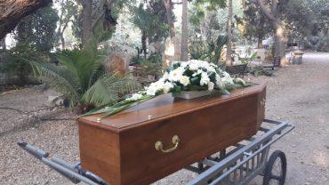 קבורה אזרחית. צילום עצמי