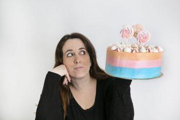 עוגת סדנאות זילוף ואפייה. צילום: חן ליאופולד
