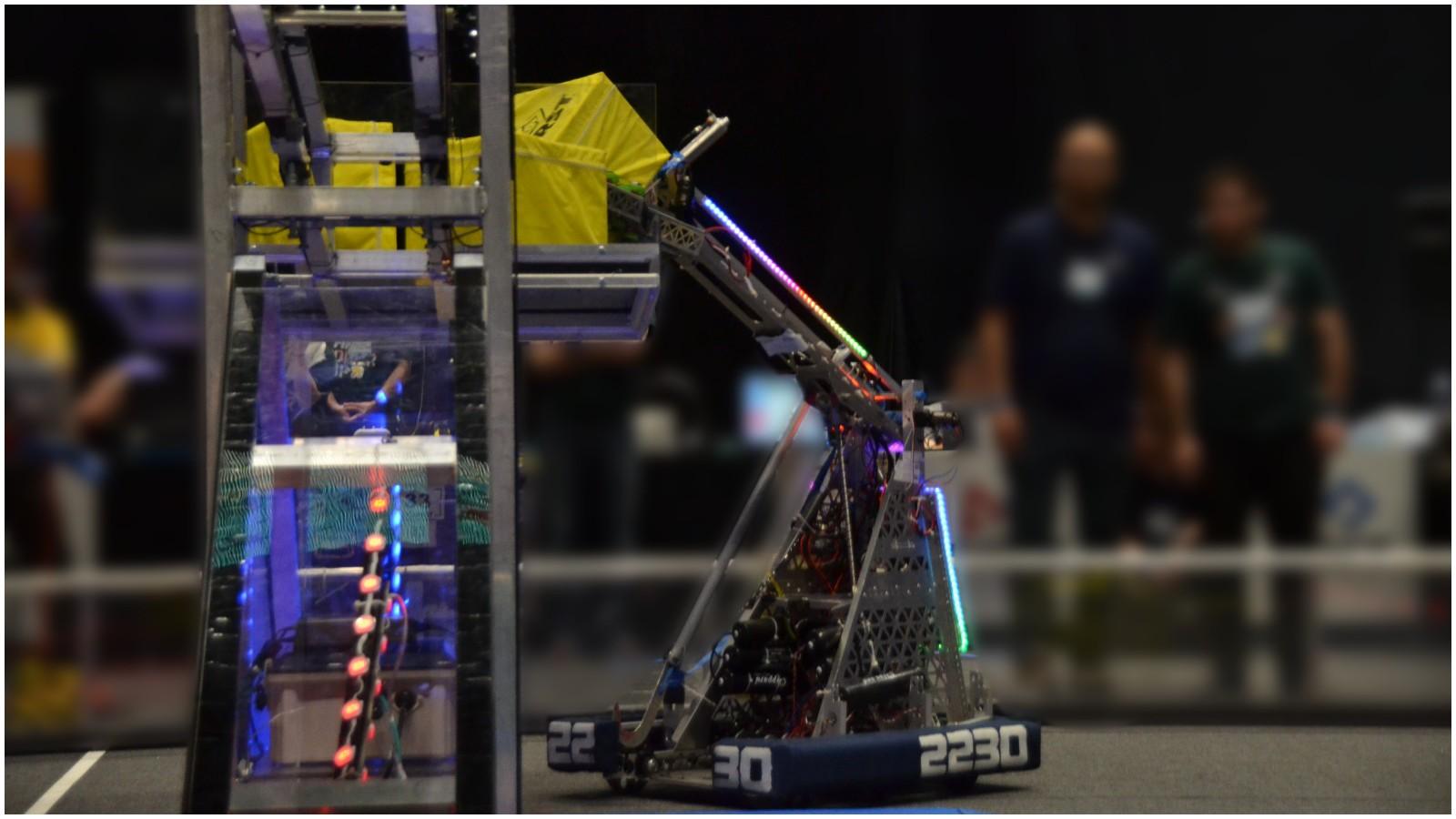 """רובוט של General Angels 2230 באחת התחרויות. צילום: יח""""צ"""