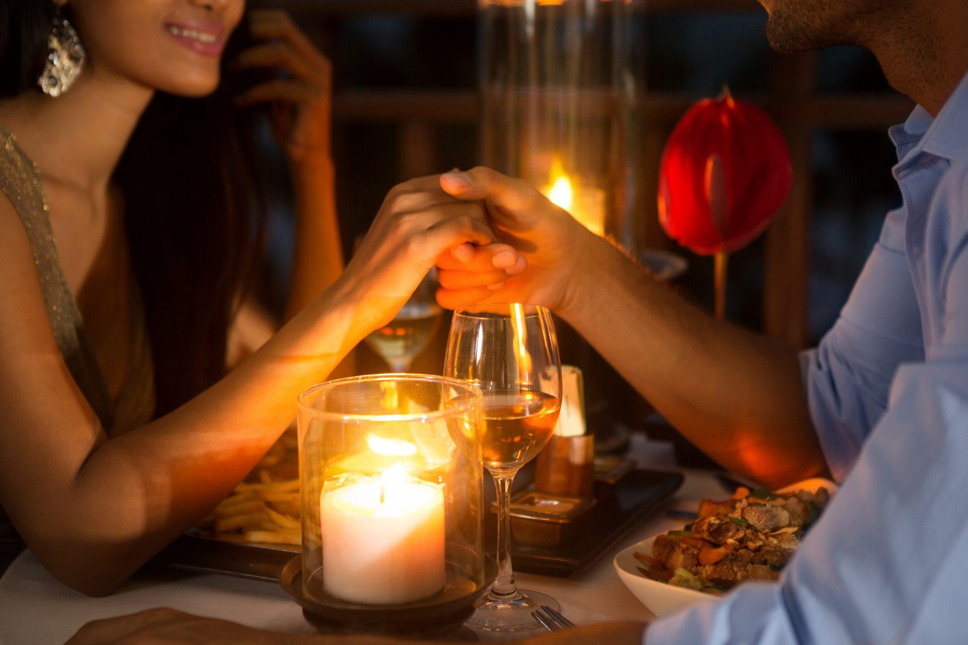 עיצוב רומנטי לאירועים (Shutterstock) צילום:Lucky Business