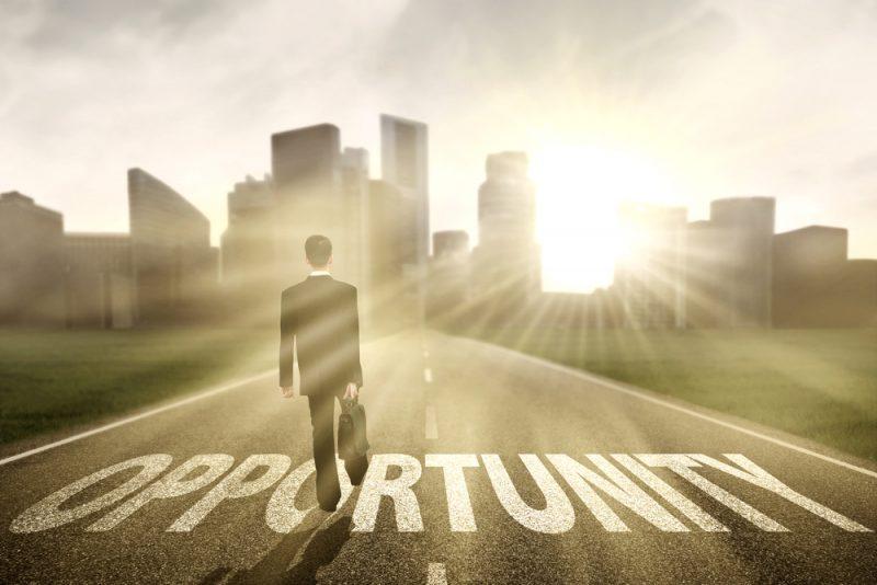 שינוי קריירה ומציאת עבודה בתנאי אי וודאות. צילום: Creativa images, Shutterstock