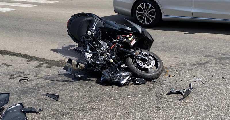 התאונה בשדרות מדינת היהודים. צילום איחוד הצלה