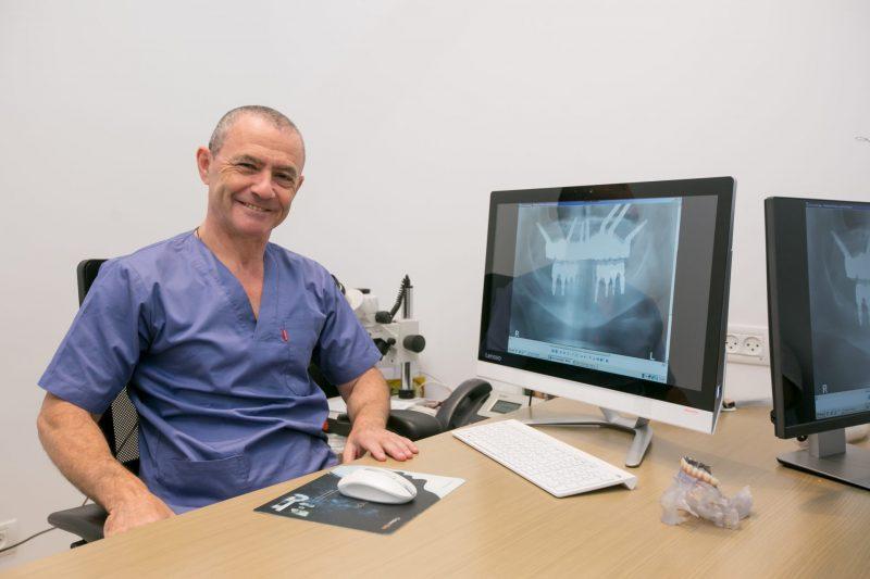 איך מטפלים בהשתלת שיניים שנכשלה? קרדיט צילום: אהוי קריאייטיב ויזמות בע''מ