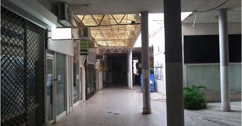 התקרה בפסאג' רובין בסוקולוב 32 בהרצליה. צילום פרטי