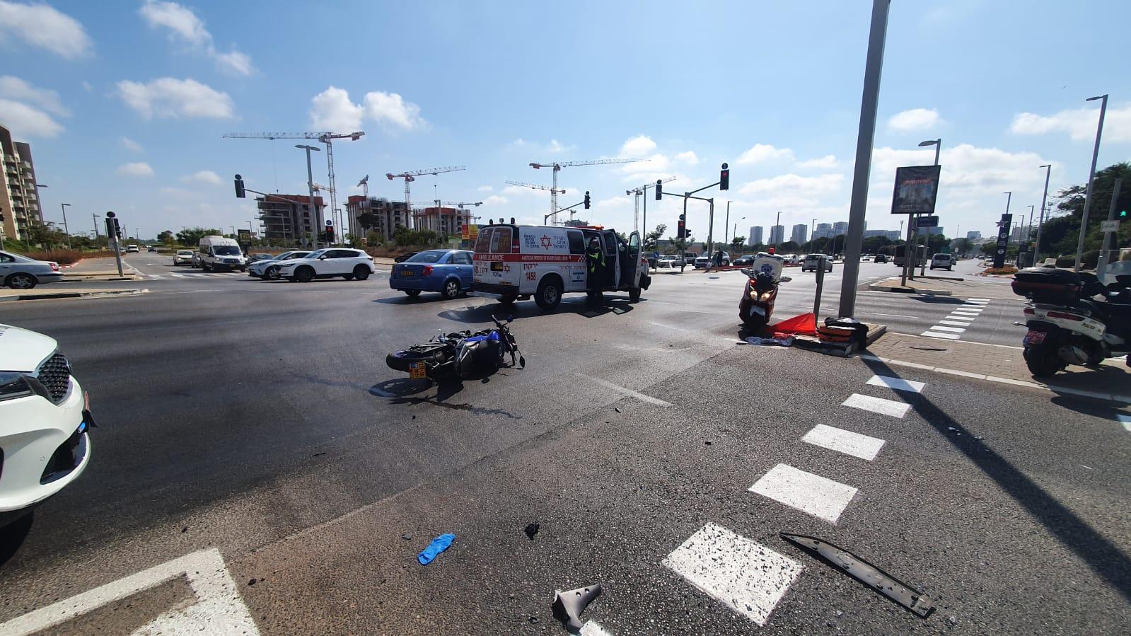 זירת התאונה ברחוב הרב קוק
