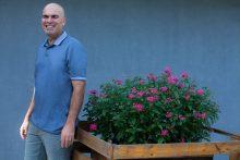 הכירו את הנזיר הישראלי שמכר את הפרארי שלו: אליהו ספיר, צילום: ליאת לרנר